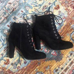 Wild Diva Black Suede High Heel Booties Size 7.5